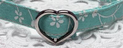 手作り首輪 花柄薄緑