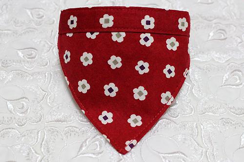 おしゃれバンダナ首輪 和風花柄 赤
