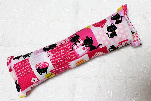 またたび入り手作りキッカー 猫とハート柄ピンク
