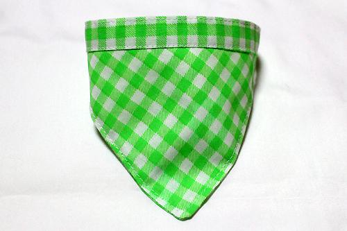 おしゃれバンダナ首輪 チェック柄ネオンカラーグリーン