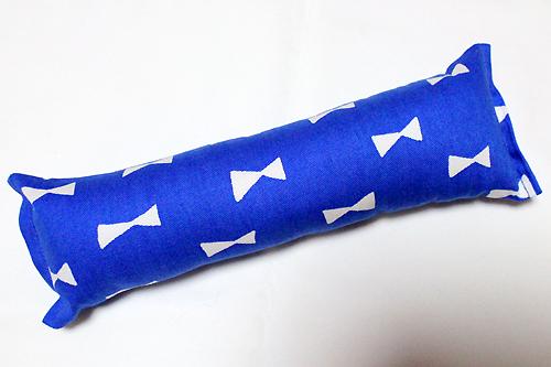 またたび入り手作りキッカー リボン柄ブルー