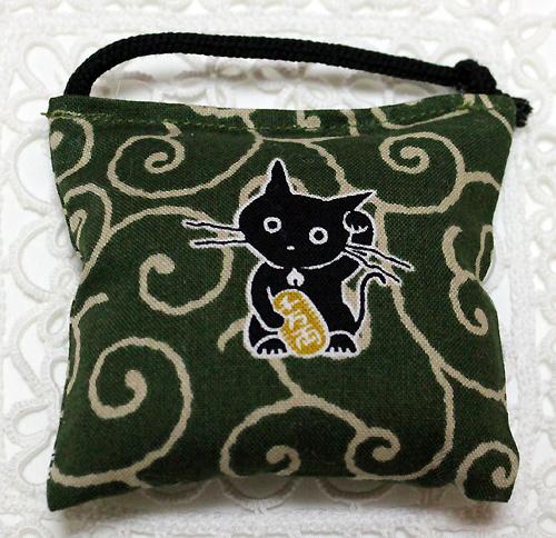 ミニミニキッカー(おざぶ) 唐草猫グリーン