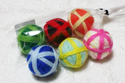 鈴入り毛糸玉クルカラボール3個セット(カラーおまかせ)