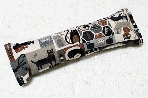 手作りキッカー 猫の世界モノトーン系