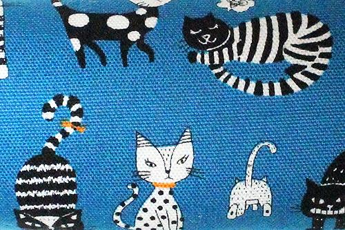 手作りキッカー 猫の恋ブルー2