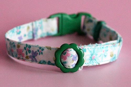 猫の手作り首輪 花柄ローズグリーン