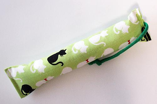 ミニミニキッカー(細長)シルエットリボン猫グリーン