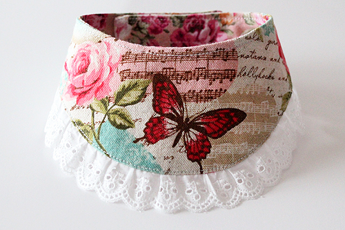 おしゃれ首輪2リバーシブルバンダナフリフリレース 蝶とバラB-01