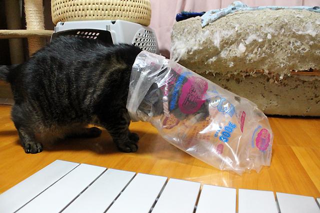 またたび入り手作りキッカーを仕入れたときの袋です