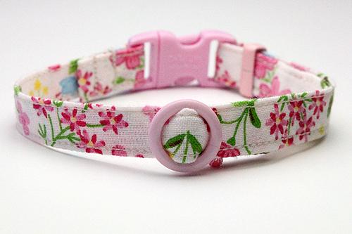 猫の手作り首輪、花柄リリーピンク