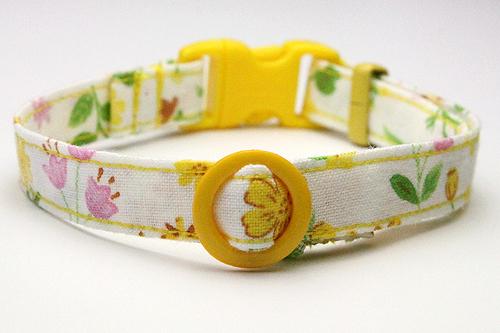 猫の手作り首輪、花柄リリーイエロー