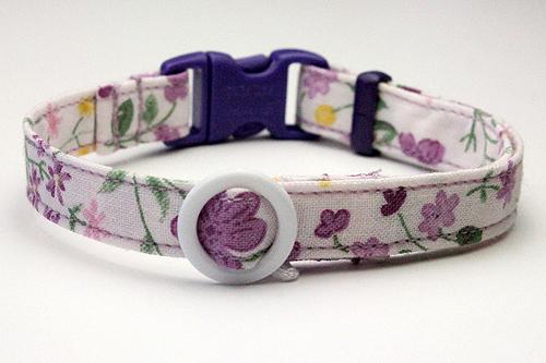 猫の手作り首輪、花柄リリーラベンダー