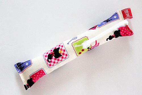 ミニミニキッカー(細長)ルンルン黒猫、ホワイト
