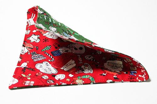 猫の首輪用、付け替えバンダナ クリスマス柄グリーン(裏面はレッド)