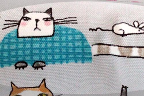 またたび入り手作りキッカー「しっぽの長い猫」グレー柄拡大