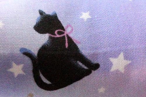 ■またたび入り手作りキッカー 黒猫と星座ラベンダー柄拡大2