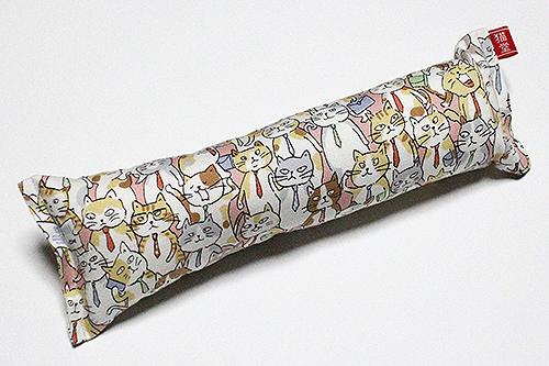 またたび入り手作りキッカー「サラリーマン猫」ピンク
